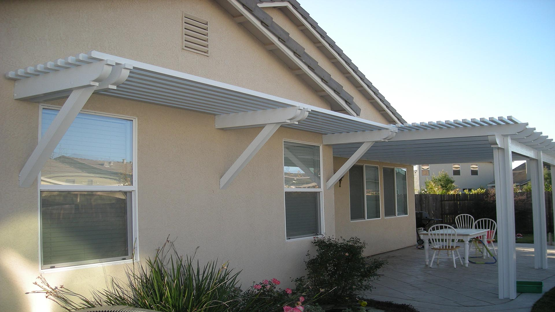 WINDOW AWNINGS & SUNSHADES